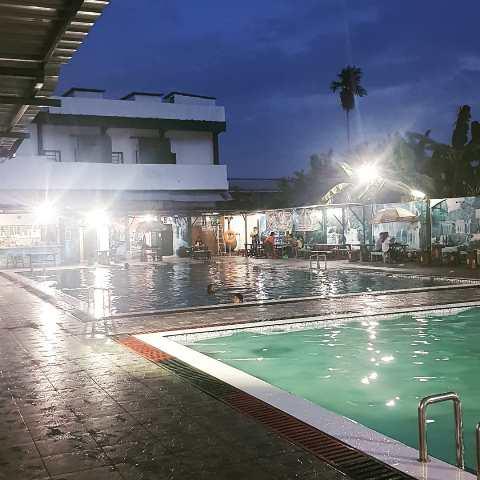 kolam renang 99