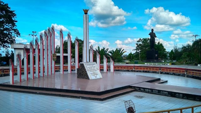Tugu Soekarno Palangkaraya